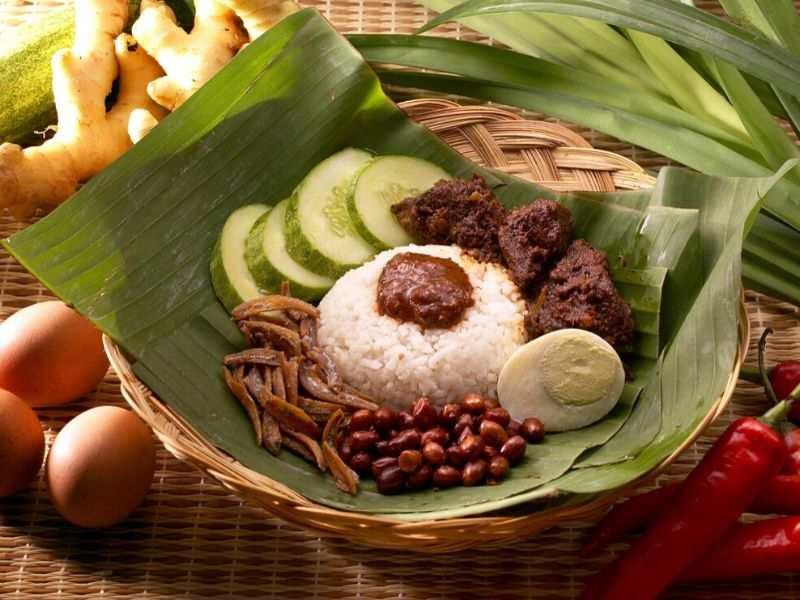 nasi lemak paling sedap di malaysia