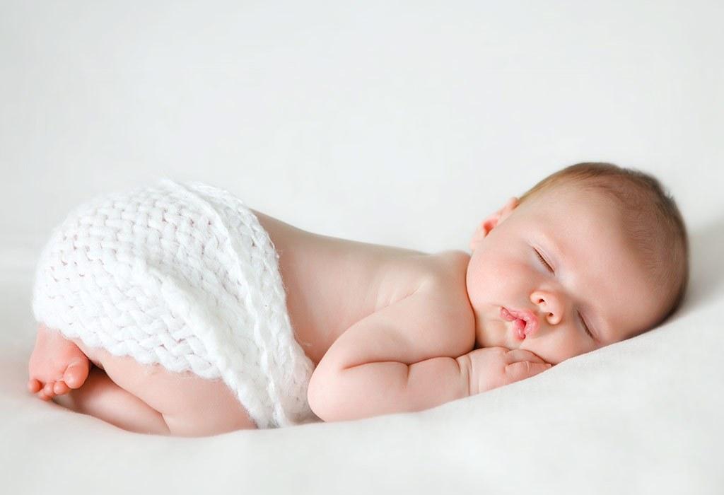 melatih bayi tidur
